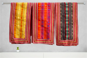 Decor towel